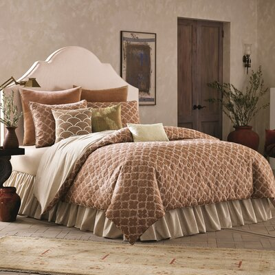 4 Piece Reversible Comforter Set Size: Queen