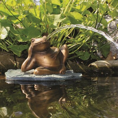 Resin Lazy Frog on Lily Pad Fountain