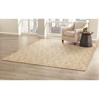 Pearle Hand-Woven Taupe Area Rug
