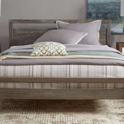 Loft Queen Platform Bed Color: Weathered Pine