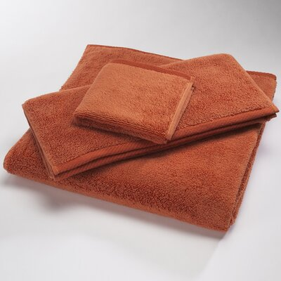 Microcotton Luxury Towel Size: Shower Towel: 30 x 60, Color: Paprika