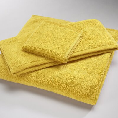 Microcotton Luxury Towel Size: Shower Towel: 30 x 60, Color: Canary