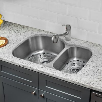 31.5 x 20.5 Double Bowl Undermount Kitchen Sink with Faucet