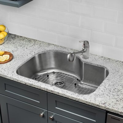 31.5 x 21.13 Single Bowl Undermount Kitchen Sink with Faucet