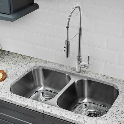 32.25 x 18.5 Double Bowl Undermount Kitchen Sink with Faucet