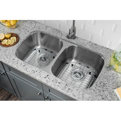 18 Gauge Stainless Steel 32.25 x 18.5 Double Basin Undermount Kitchen Sink with Gooseneck Faucet Faucet Finish: Stainless Steel