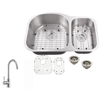 16 Gauge Stainless Steel 31.5 x 20.5 Double Basin Undermount Kitchen Sink with Gooseneck Faucet
