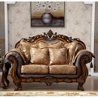 693-L MRUS1189 Meridian Furniture USA Seville Upholstered Loveseat