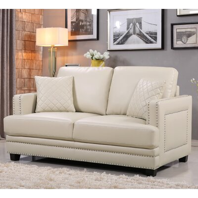 655BE-L MRUS1280 Meridian Furniture USA Ferrara Nailhead Loveseat Upholstery