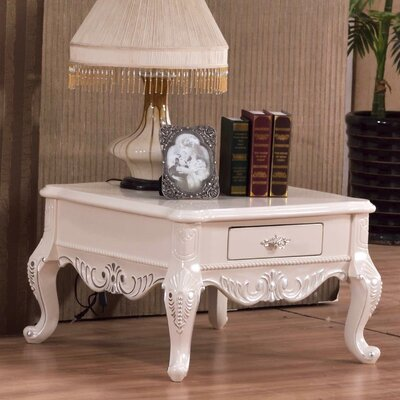 Roda End Table