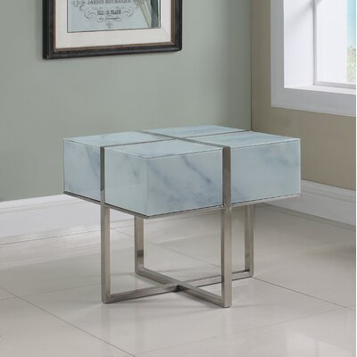 Tiyrene End Table