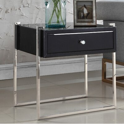 Shi Side Table Color (Base/Top): Silver/Black