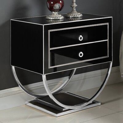 Le Side Table Color (Base/Top): Silver/Black