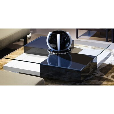 Mixta Coffee Table