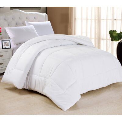 All Season Down Alternative Comforter Size: Full