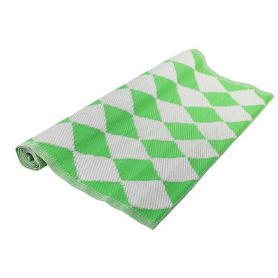 Fancy Fair Green/White Outdoor Throw Rug