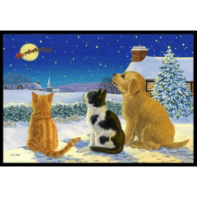 Golden Retriever and kittens Watching Santa Doormat Rug Size: 1'6