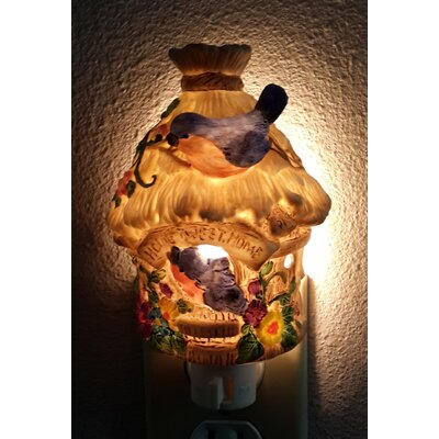 Lighted Mounted Birdhouse