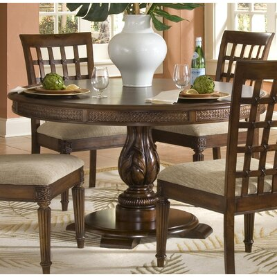 Palm Court II Round Pedestal Dining Table