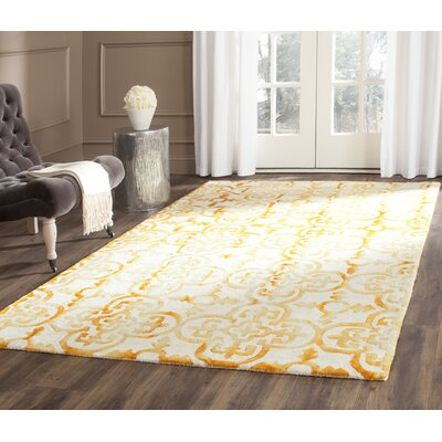 Kinzer Hand-Tufted Yellow Area Rug Rug Size: 5 x 8