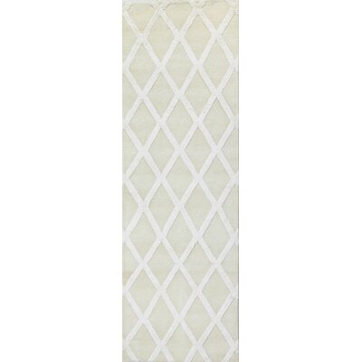 Summerset Hand-Tufted Ivory Area Rug Rug Size: Runner 26 x 8