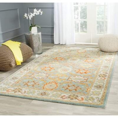 Heritage Blue Rug Rug Size: Rectangle 76 x 96