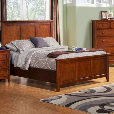 Seger Platform Bed Size: California King