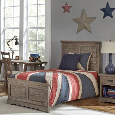 Berrima Panel Bed Size: Twin