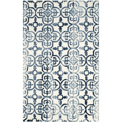 Naples Park Hand-Tufted Ivory/Navy Area Rug Rug Size: Runner 23 x 10