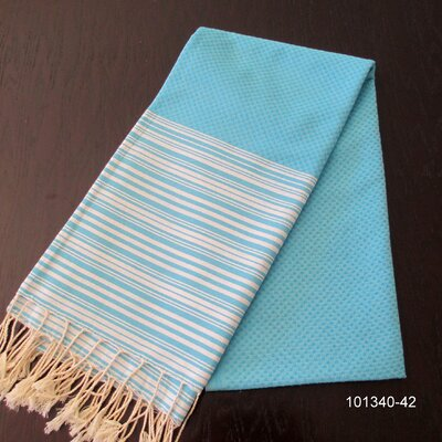 Hudgens Honey Comb Bath Towel Color: Turquoise / White