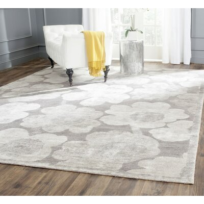 Threadgill Badger Mountain Hand-Knotted Silver Area Rug