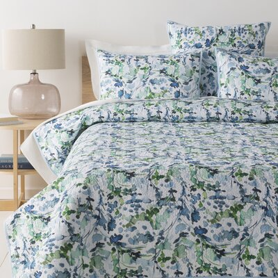 Reynoldsburg Quilt Set Color: Sky Blue/Grass Green, Size: King/California King