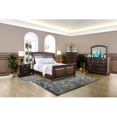 Daleville Sleigh Customizable Bedroom Set