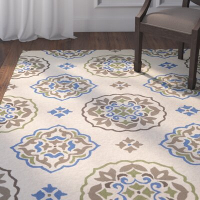 Union Hand-Hooked Cream/Blue Indoor/Outdoor Area Rug Rug Size: 36 x 66