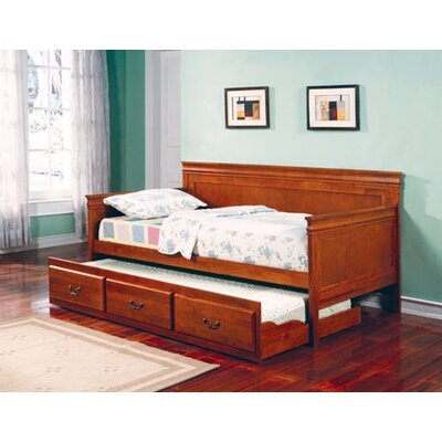 Oswald Daybed with Trundle Finish: Oak