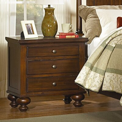 Dunrobin 3 Drawer Bachelors Chest