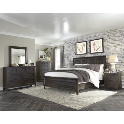 Barkhampstead Panel Customizable Bedroom Set