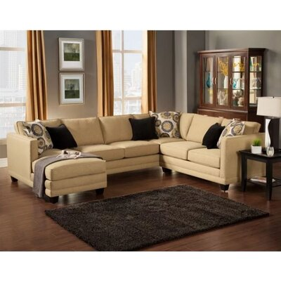Springboro Sectional Upholstery: Willow