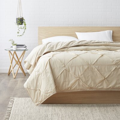 Rutledge Quilt Size: Queen, Color: Stone