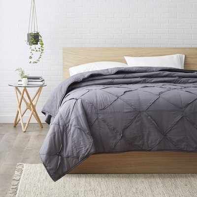 Rutledge Quilt Size: King, Color: Charcoal