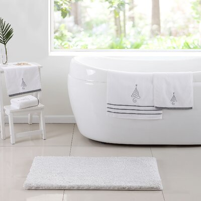 Holiday 5 Piece Bath Set
