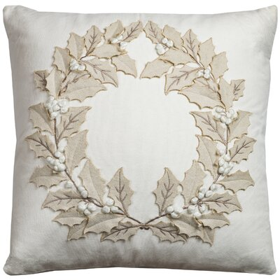 Mancha Throw Pillow