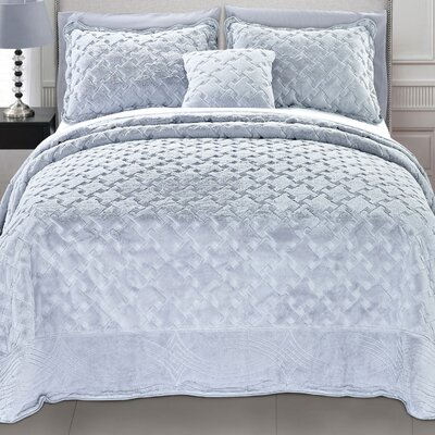 Cara 4 Piece Quilted Faux Fur Coverlet Set Size: Queen, Color: Grey