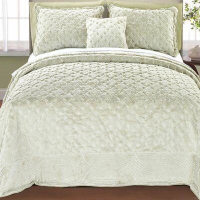Cara 4 Piece Quilted Faux Fur Coverlet Set Size: King, Color: Light Green