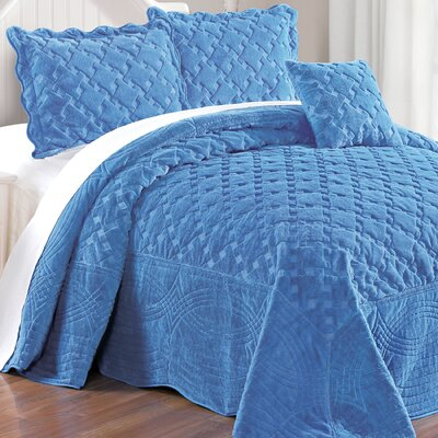 Cara 4 Piece Quilted Faux Fur Coverlet Set Size: King, Color: Palace Blue