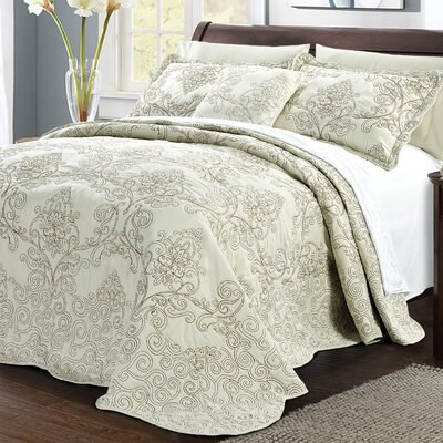 Lucinda Quilt Set Size: King, Color: Light Green
