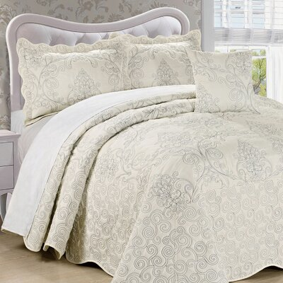 Lucinda Quilt Set Size: King, Color: Antique White