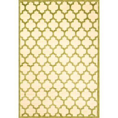 Beecroft Apple Green & Ivory Trellis Area Rug Rug Size: 53 x 76