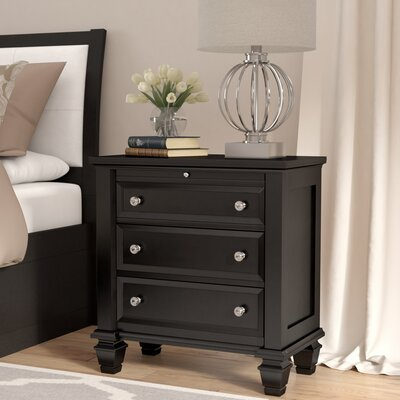 Ellis 3 Drawer Bachelors Chest Finish: Black