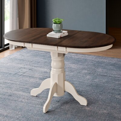 Wallace Classic Extendable Dining Table Finish: Cappuccino